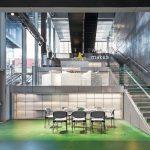 Das BLOX ist ein kombiniertes Wohn-, Büro- und Geschäftshaus mit öffentlichen Freizeitflächen und Gastronomie. Bild: Delfino Sisto Legnani und Marco Cappelletti / OMA