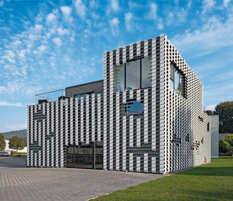 Neubau Eines Wohnhauses Mit Geschaftsflachen In Buhl Trapezprofile