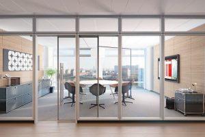 Ganzglasschiebetür mit integriertem Schallschutz bis 37 dB