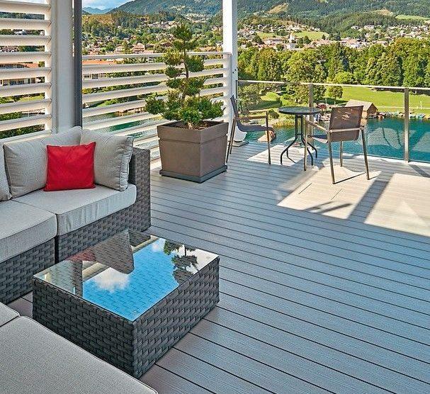 Terrassensystem aus Holz-Kunststoffverbunderkstoff ist robust und splitterfrei und überzeugt auch in optischer Hinsicht: Terrace Massve Pro. Bild: Inoutic
