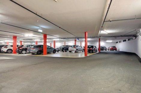 Verschleißfeste Epoxidharz-Beschichtung für Stahlbeton-Parkbauten