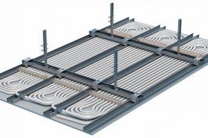 Kühldecke und Heizdecke in einem: Uponor Thermatop M für den Wohn- und Gewerbebau basiert auf dem diffusionsdichten MLCP Mehrschichtverbundrohr. Bild: Uponor