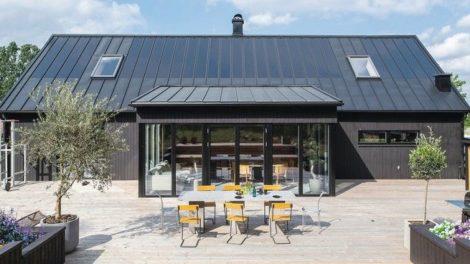 Solarzellen werksseitig direkt auf dem Dachprofil