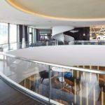 Hotel und Treppe als Abbilder des modernen Hamburg – kosmopolitisch und aufgeschlossen. Bilder: Hotel The Fontenay