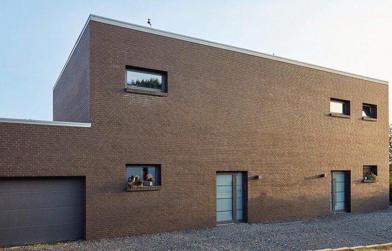 Fasenstein-Sichtmauerwerk für Wohn- und Geschäftshaus in Nörvenich