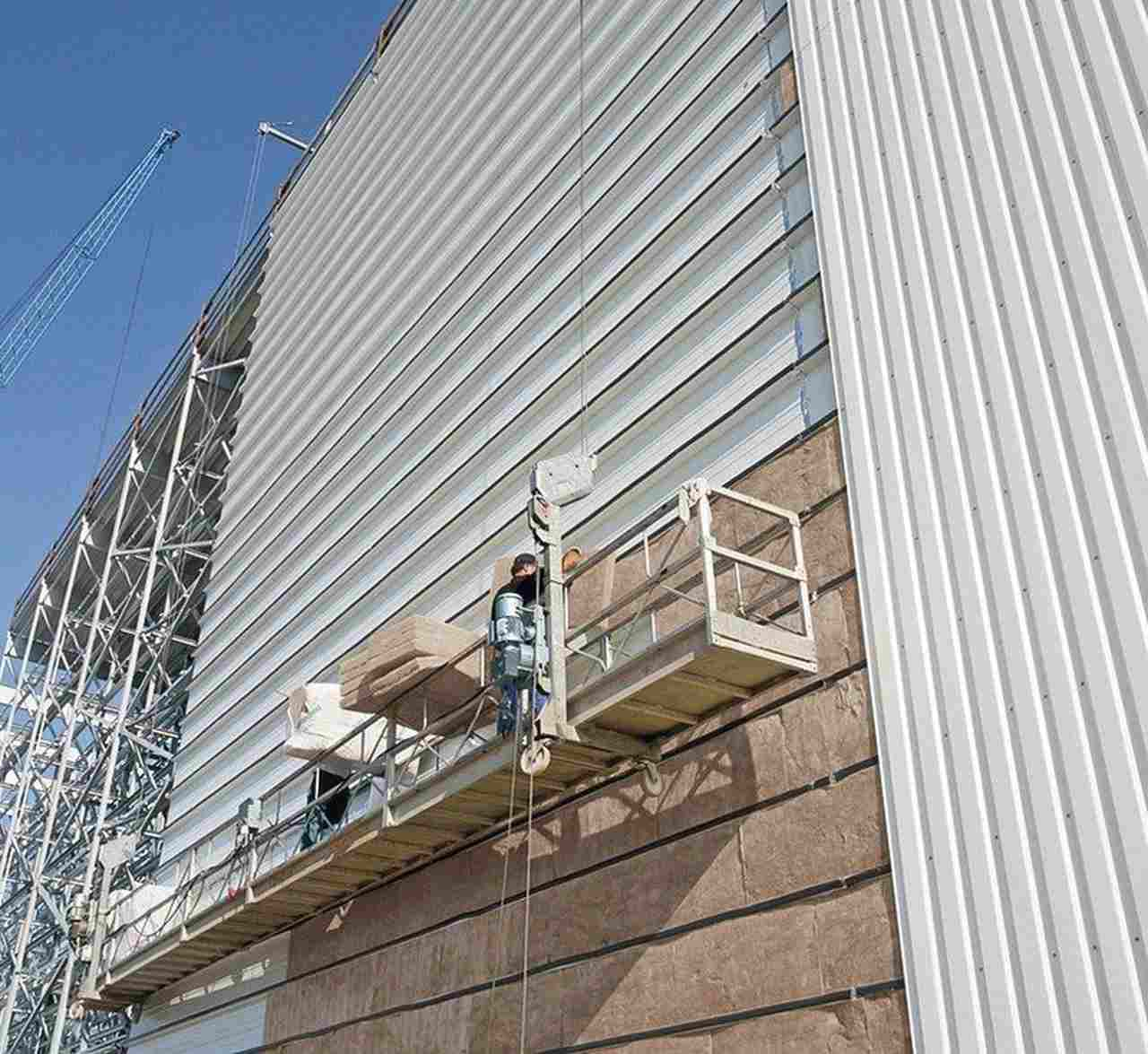 bba0818KnaufInsulation_Industriefassade.jpg
