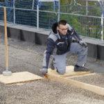 Verdichtung eines Flachdachs. Bild: Knauf Performance Materials GmbH/Ekkehard Reinsch