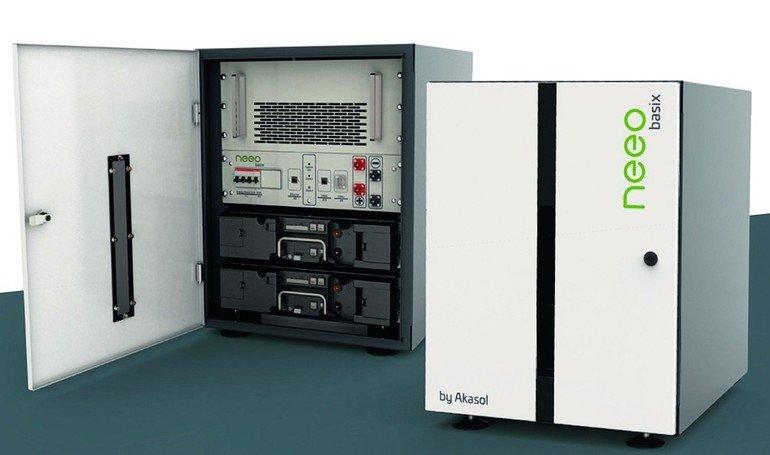 NeeoBasix mit GridSense erhöht also die Eigenverbrauchsquote für private Haushalte und reduziert Stromkosten durch Berücksichtigung der EVU-Tarife. Bild: neeo by Akasol