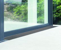 Barrierefreier Übergang - Drainrost mit Rampenfunktion für Terrassen- und Balkonentwässerung