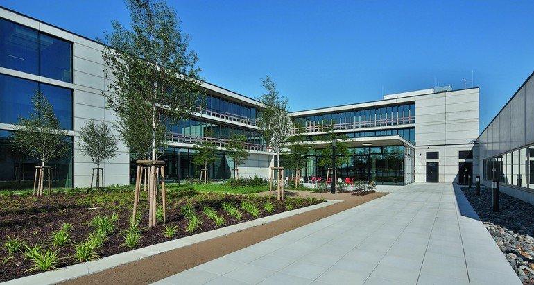 Neuer Firmensitz von Solarlux mit Offenheit als Leitbild. Bild: Solarlux