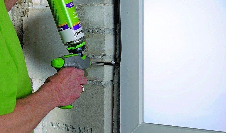 Sieben Illbruck PowerPakete für geprüfte Fenster-Abdichtungen und damit für jede wirtschaftliche und konstruktive Anforderung. Bild: Tremco illbruck