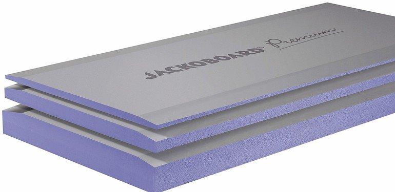 Übereinanderliegende Isolationsplatten mit nach oben abnehmenden Stärken. Bild: Jackon Insulation