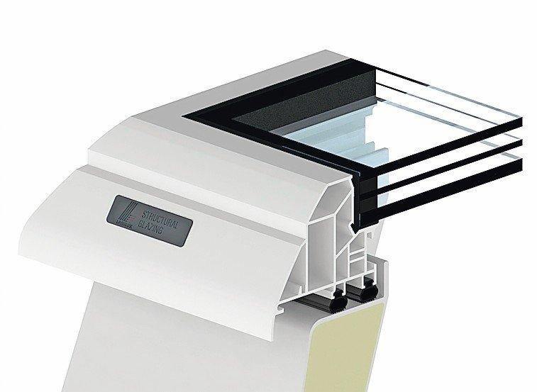 Schnitt durch die Dreifachverglasung und die Abdichtung eines Dachfesters. Bild: Lamilux
