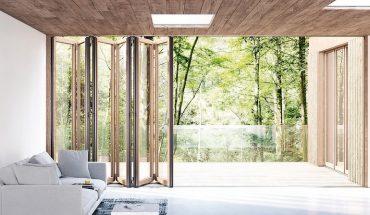 Glas-Faltwand mit Holzprofilen als barrierefreier Raumteiler oder Fassadenabschluss: Die Glas-Faltwand Woodline von Solarlux.. Bild: Solarlux