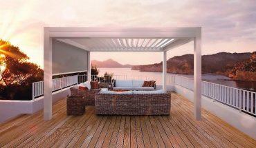 Lamellendach für gezielte Sonnenlichtsteuerung