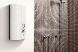 Temperatur beim Durchlauferhitzer nach Wunsch einstellbar: Energiesparende AEG Baureihe DDLE bieten Warmwassertemperaturen zwischen 30 °C und 60 °C. Bild: AEG Haustechnik