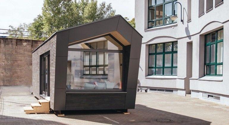 """Das Minimalhaus Cabin One ist als flexible """"Zuhause-Lösung"""" konzipiert und kann z.B. auf Dächern, Brachflächen oder Parkplätzen aufgestellt werden. Bild: cabinspacey.com"""