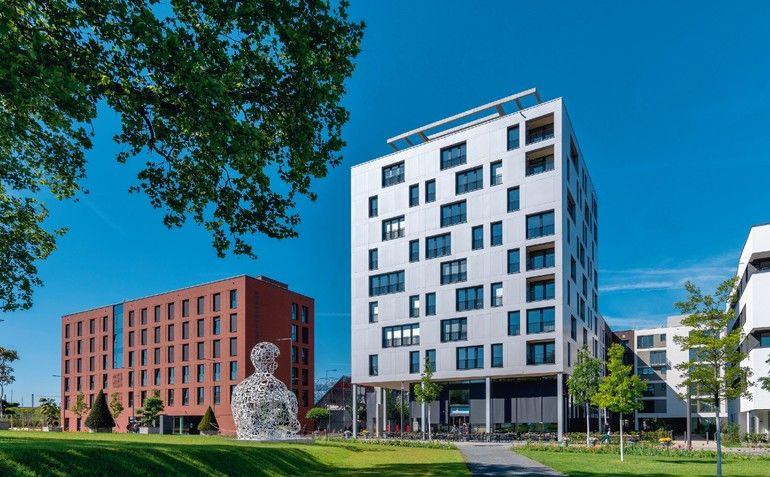 Mikrowohnungenim Holzhochhaus in Heilbronn: Innovatives Wohnen auf kleinem Raum mit maximaler Aufenthaltsqualität bei hoher Ästhetik. Bild: Häfele