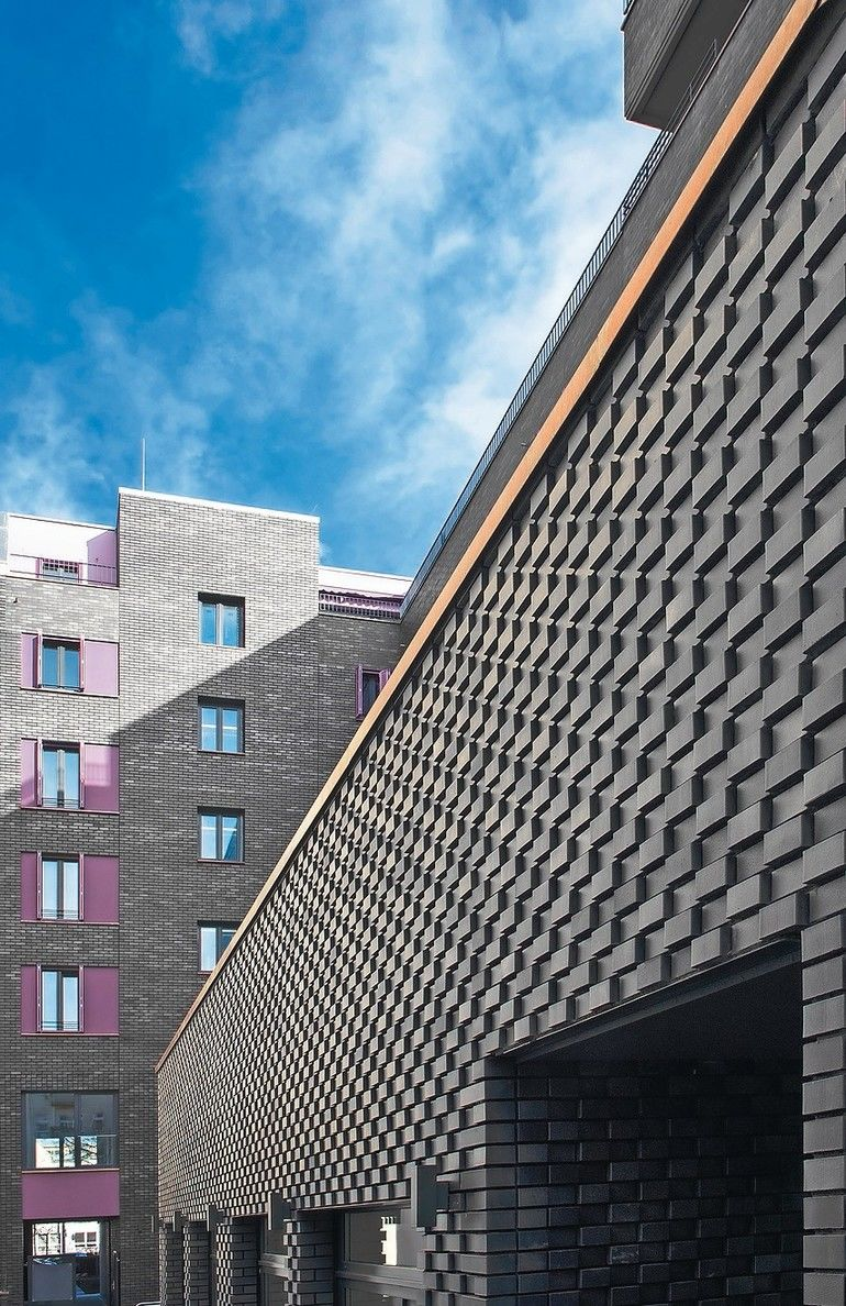 Klinkerfassade: Sonderformklinker nach Architektenvorgaben aus der Formstein-Manufaktur.