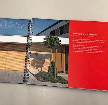 Workbook: Tore, Trennsysteme, Fenster und Türen. Bild: Eva Berggötz