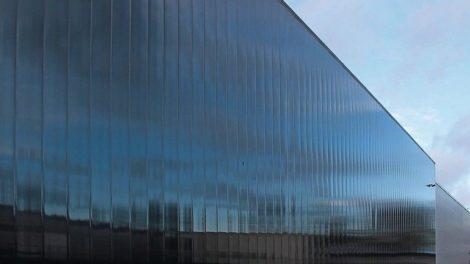 blickdichte Fassade von außen