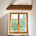 Innenputze an historischem Fenster
