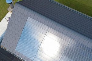 Indachsystem: Photovoltaik auch für komplexe Dachgeometiren