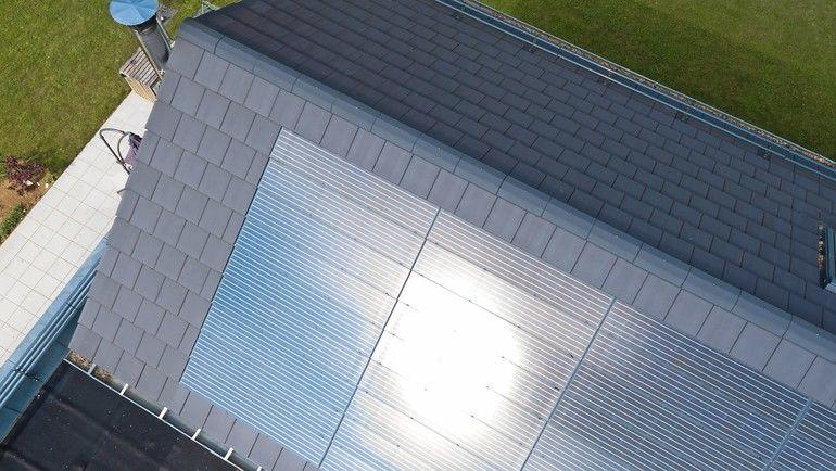 Indachsystem: Photovoltaik auch für komplexe Dachgeometrien. Bild: Braas