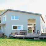Plusenergie für Haus in Hanglage mit ressourcenschonender Technik. Bild: pape oder semke Architekturbüro – Harald Semke
