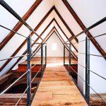 Galeriesteg in einem renovierten Dachstuhl. Bild: Knauf Aquapanel/Ekkehart Reinsch