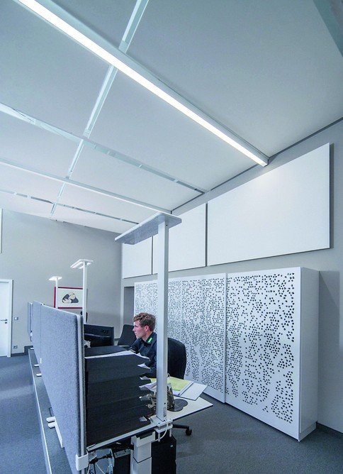 Schnelle Wand- und Deckenabsorber. Bild: Knauf/Bernd Ducke