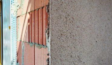 Dämmputze für monolithisches Mauerwerk nach EnEV. Bild: Saint-Goban Weber GmbH rafie