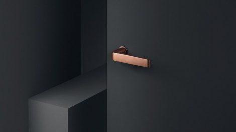 Steckgriffe mit minimalistischem Design: FSB bietet nach Steckgriffen für Holz- und Metallfenster nun auch welche für Innentüren. Bild: FSB