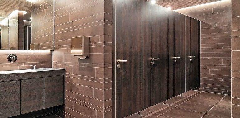 WC-Trennwand mit DGNB-zertifizierten Einzelkomponenten