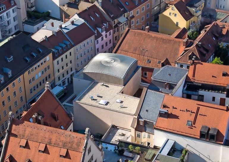 Kuppeldach F 252 R Synagoge In Regensburg Kugel Ins Quadrat