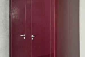 Raumhohe WC-Trennwand mit eleganter Glasfront