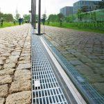 Entwässerungssystem an einer Gebäudefassade. Bild: Richard Brink GmbH & Co. KG