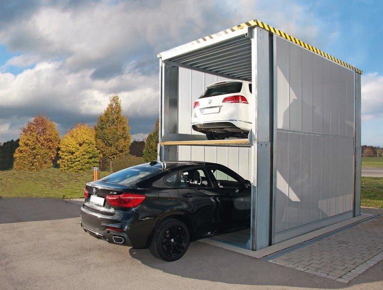 Bis zu zwei Parkebenen lassen sich mit dem neuen Unterflursystem von Klaus Multiparking im Boden versenken.