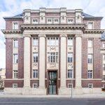 Das denkmalgeschützte ehemalige Amtsgericht ist heute ein modernes Tagungsgebäude in Düsseldorf. Bild: Orac
