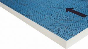 """Beste Dämmwerte bei niedrigen Aufbauhöhen bieten die PIR-Dämmstoffplatten """"Efyos blue"""" von Soprema für flache und flach geneigte Dächer."""