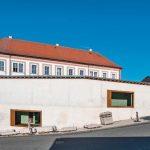 Sichtbeton-Qualität für Erweiterungsbau bei historischem Landratsamt. Bild: HeidelbergCement