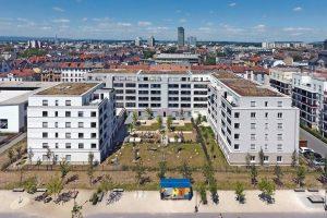 Mehrfamilienhäuser in Offenbach: Dämmstoffverfülltes Ziegelmauerwerk - monolithisch kostengünstig. Bilder: Deutsche Poroton | Matthias Rotter
