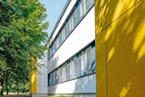 Vorgehängte hinterlüftete Fassaden wärmebrückenfrei befestigen