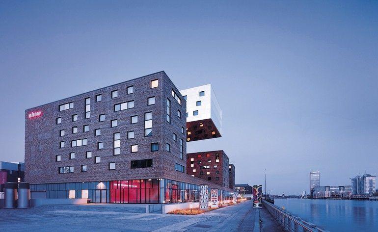 Hotel nhow von Tchoban Voss Architekten