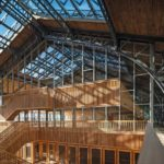 Pavilloneinbau mit Stahlprofilfassade.