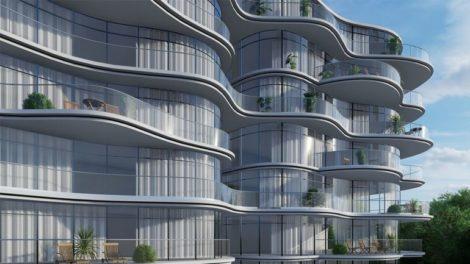 Balkonlösungen mit neuem gebogenen Ganzglasgeländersystem