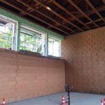 Sanierung mit perlitgefüllter Wärmedämmfassade von innen.