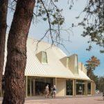 Dachkonstruktion des Besucherpavillons des Nationalparks Hoge Veluwe
