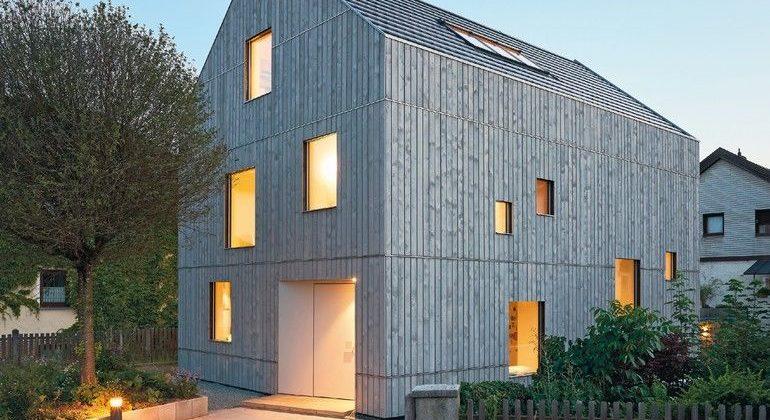 Neubau eines Wohnhauses aus tragenden Massivholzbauteilen