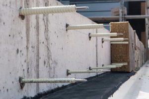 Schöck Isolink auf einer Baustelle.